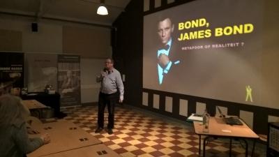 James Bond lezing te Weerde